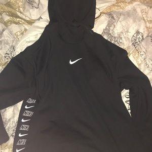 women's black nike hoodie